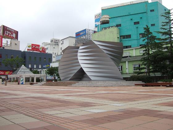 秋田駅アゴラ広場
