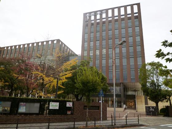 大阪経済大学 外観